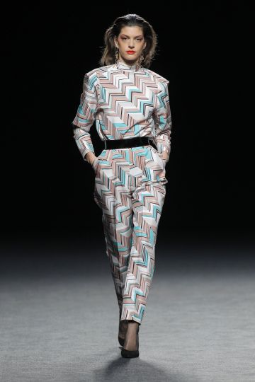 Geometrical print trousers