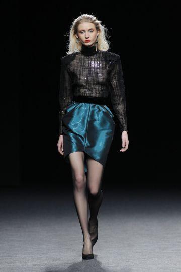 Minifalda estructurada