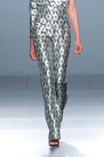 Print mikado trousers