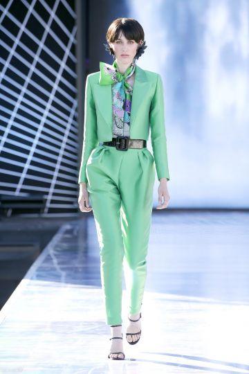Short tuxedo jacket+Mikado capri trousers