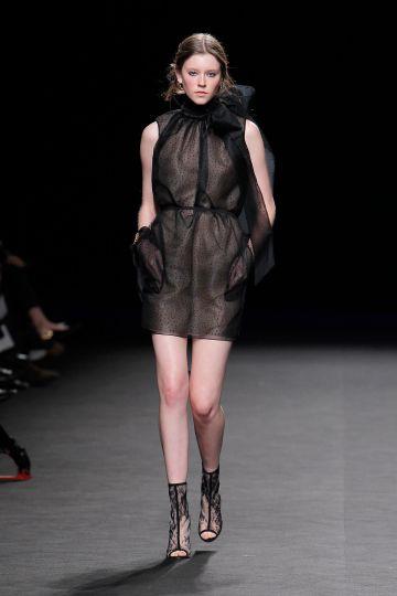 Mini vestido en organza