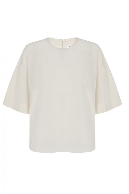 Top with low sleeves