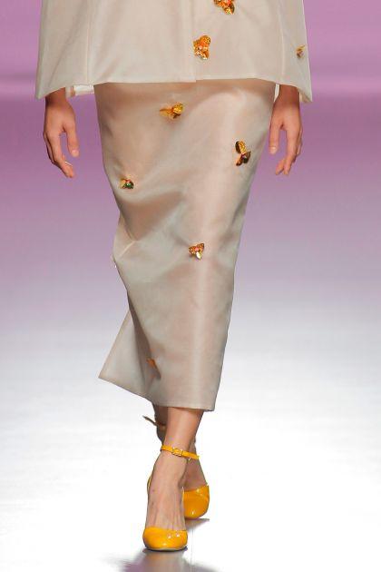 Falda en organza y paillettes