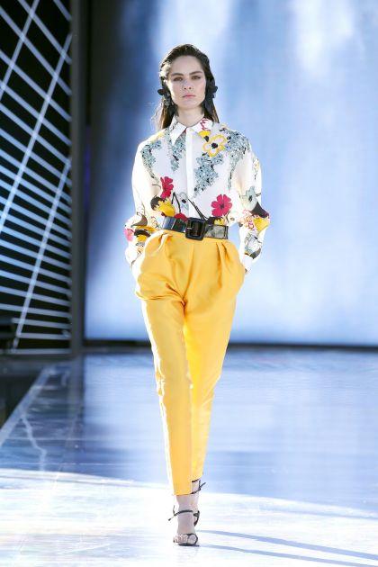 Floral print top+Mikado capri trousers