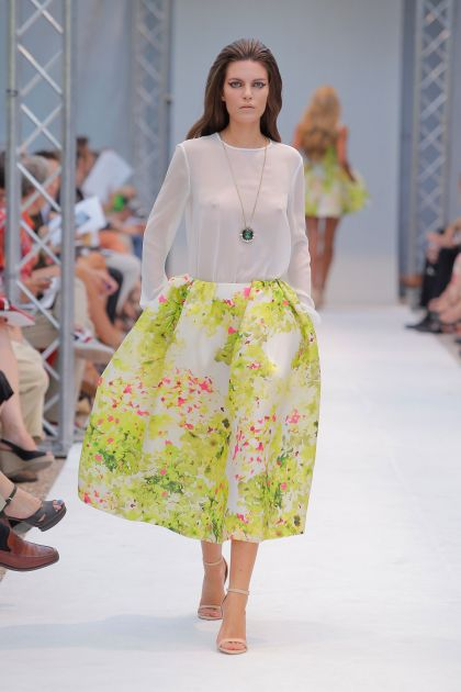 Floral print skirt with pleats