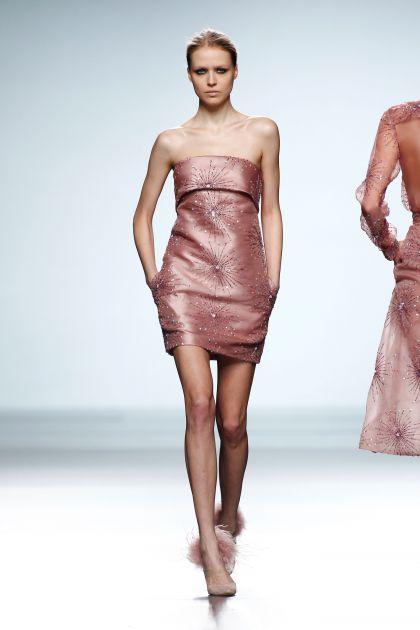 Organza and mikado strapless dress