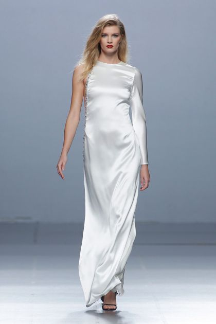 Long crepe cady dress with rhinestones