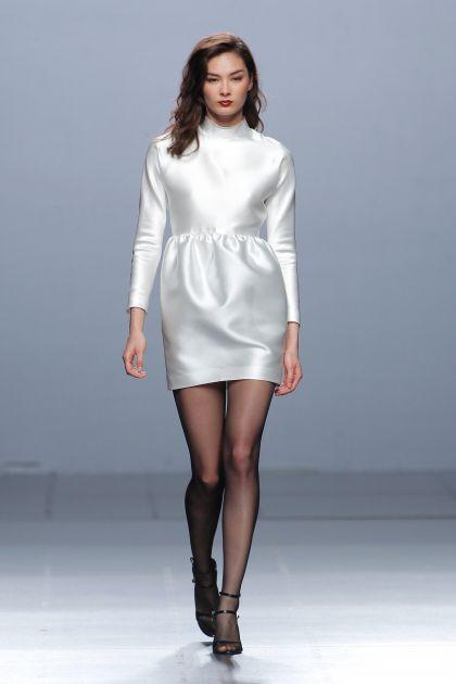 Vestido corto mikado blanco