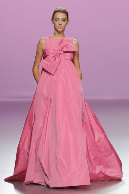 Pink long dress with bow