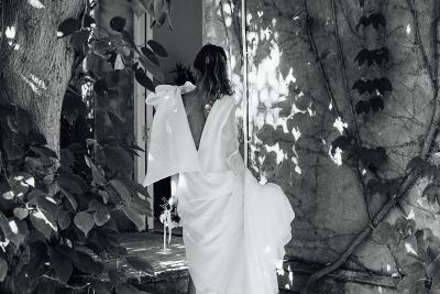 THE BRIDE DRESS